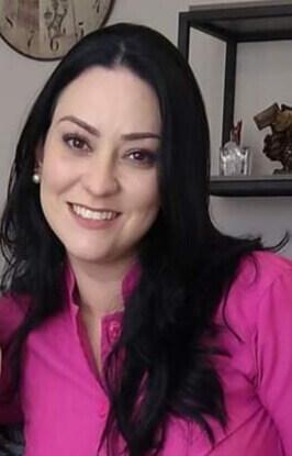Dra. Fernanda